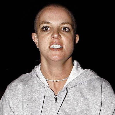 britney-spears-shaved-head-400a061907.jpg